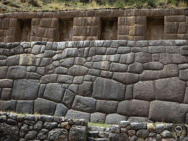 Тамбомачай уникальная водная система инков, которая до сих пор работает Инки, создавшие огромную империю на территории Южной Америки, оставили после себя множество религиозных и инженерных