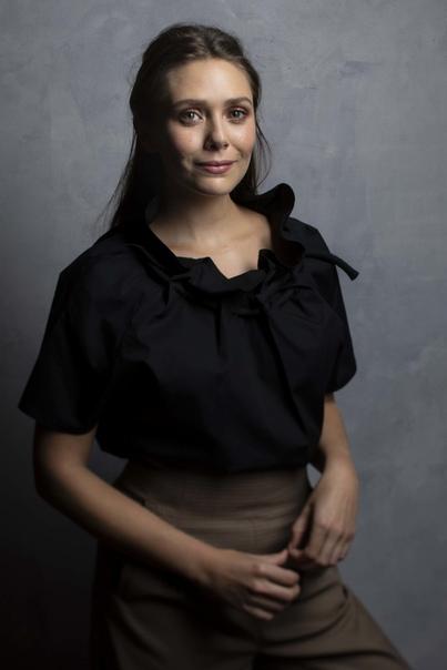 Очаровательной Элизабет Олсен сегодня исполняется 31 год Актриса известна по ролям в картинах «Ветреная река», «Марта, Марси Мэй, Марлен», «Гуманитарные науки», «Годзилла» (2014), «Тереза