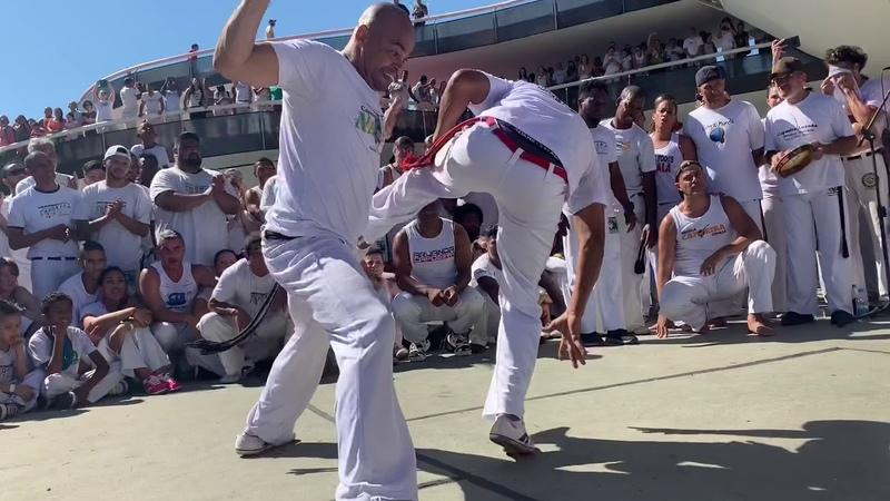 30 anos Grupo Capoeira Brasil Roda no Mac Niterói,RJ