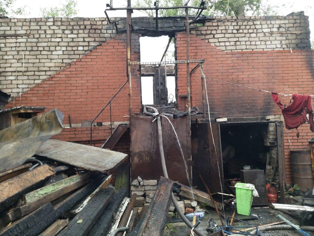 В Уфе в пожаре погиб пожилой мужчина