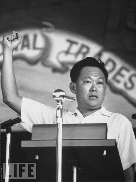 Сингапур  единственная страна в мире, получившая независимость против воли.