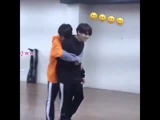 When you want a backhug from your man so you just-