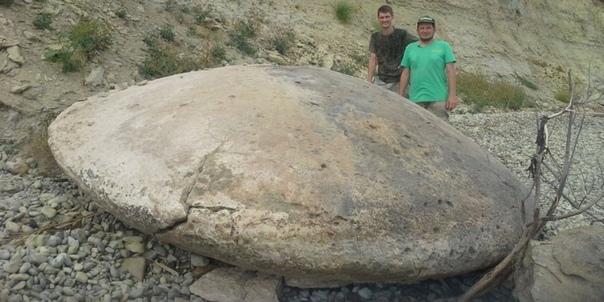 Каменные диски в форме летающих тарелок. Уфологи и ученые спорят о происхождении находок в Волгоградской области