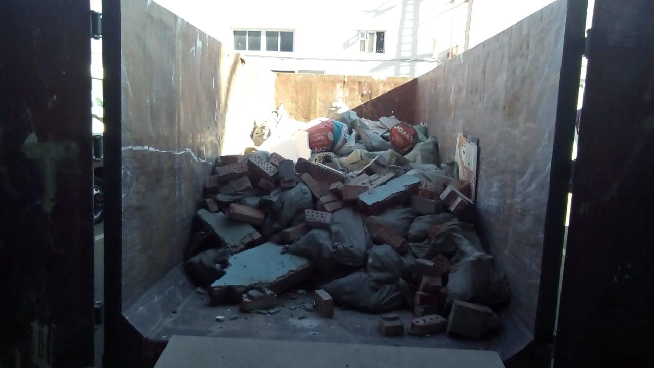 У вас кучи строительного мусора и не кому вывези? Звоните! Поможем! Работаем от 2… MJND  Gmyg8