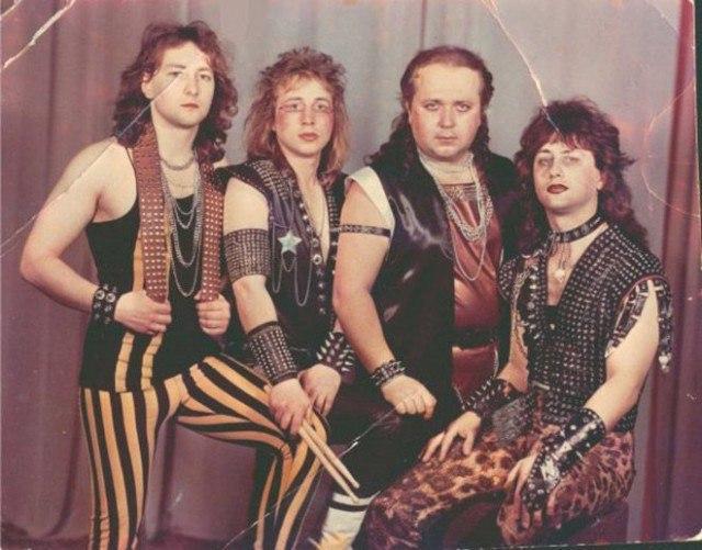 Sb5d92BKWcs - Это были лихие 80-е: Рок-музыканты одевались как могли