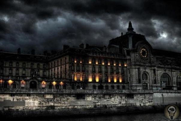 Призрак дворца Тюильри - вековое проклятье королей Франции