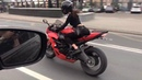 опять танцует за рулём мототаня девушка на мотоцикле
