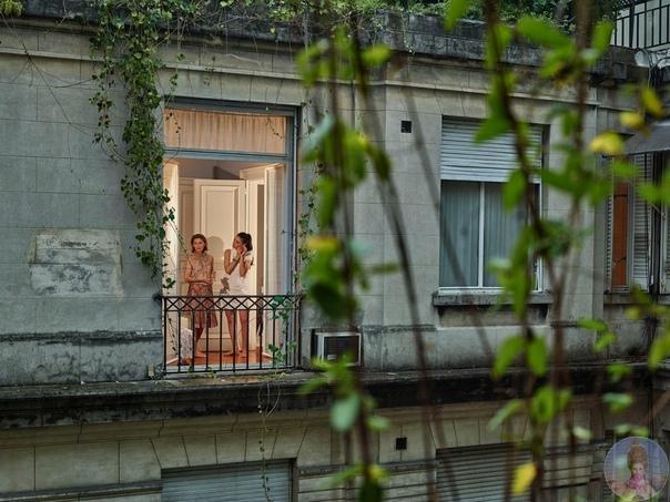 В каждом окне живет маленькое счастье
