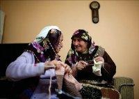 АРМЯНЕ-МУСУЛЬМАНЕ: КТО ОНИ Обычно об армянах говорят как о христианах - верующих собственной уникальной апостольской церкви или же католиках. Не все знают, что в Турции и на Кавказе исторически