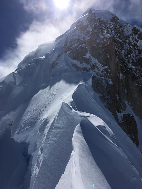 Северо-восточный хребет горы Хантер (национальный парк Денали, Аляска, США)