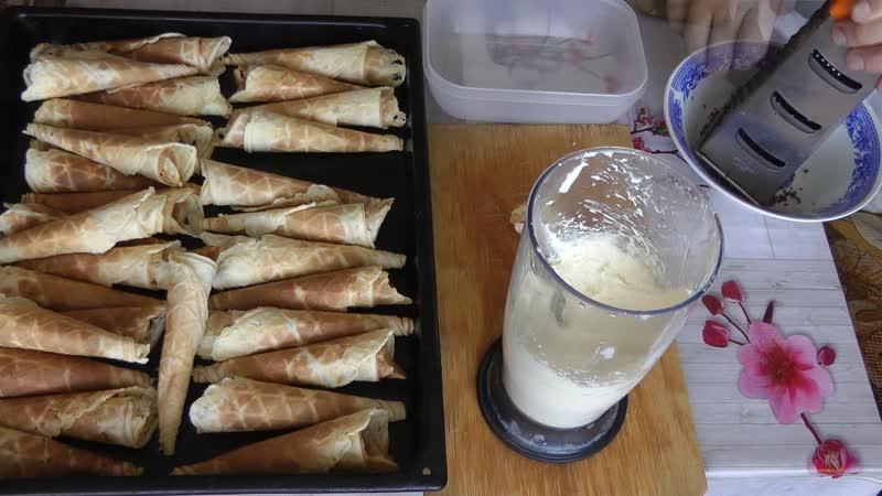Вафельные трубочки с кремом из масла и сгущенки