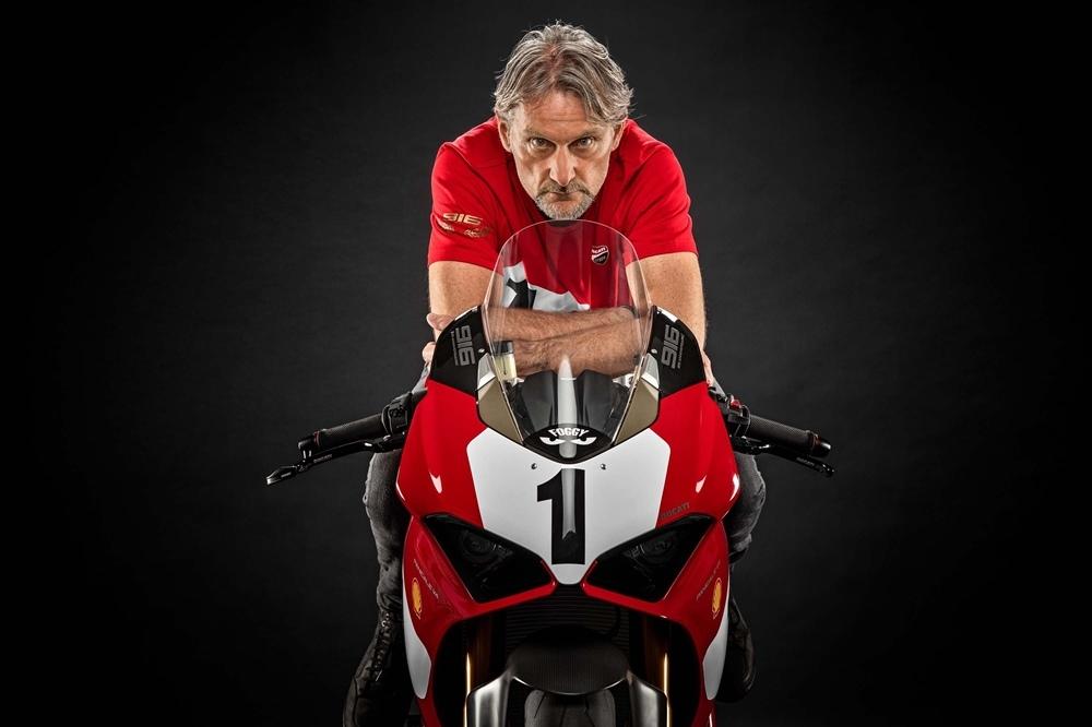 Ducati Panigale V4 25° Anniversario 916 официально подтверили