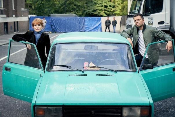 Джессика Честейн и Себастьян Стэн передают привет со съемок шпионского боевика «355»
