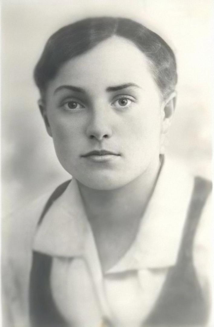 2 августа 1942 года гитлеровцами была расстреляна  Мариненко Татьяна Савельевна...
