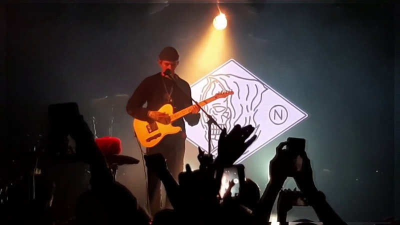 Nothing,nowhere. (live short videos)