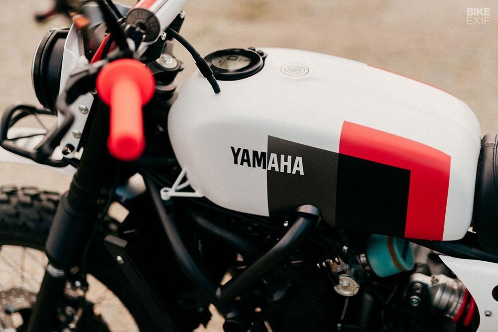 Sur Les Chapeaux De Roues: кастом Yamaha XSR700