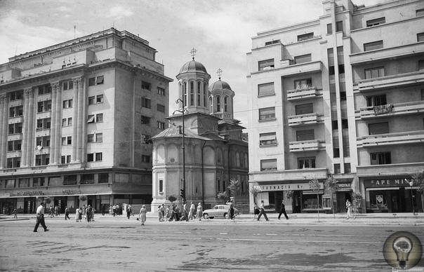 Румынская Народная Республика 1965 г Послевоенная засуха в Румынии, или как СССР румын спасал. Ч.-1 Значительную роль в послевоенном восстановлении Румынии сыграл Советский Союз. Ещё в 1945 году