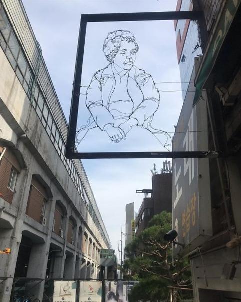 Нидерландский художник, который с помощью проволоки может изобразить практически всё Нидерландский художник Спенсер Литтл (Spenser Little) создаёт скульптурные портреты из гнутой проволоки,