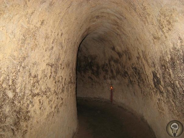 Откуда появились древние подземные сооружения Не так давно на территории Турции во время раскопок ученые обнаружили большой комплекс подземных сооружений, расположенных на нескольких ярусах и