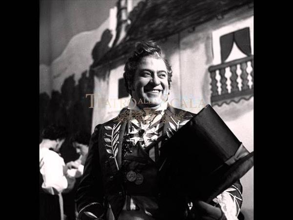 Giuseppe Taddei in L'elisir d'amore - Gaetano Donizetti ( Udite udite o rustici )