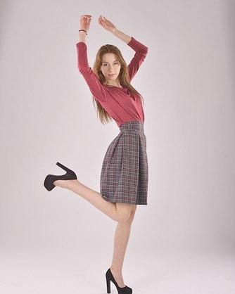 На самом деле женщины, порой, даже не осознают насколько важны в их гардеробе красивые, модные, ярки юбки.