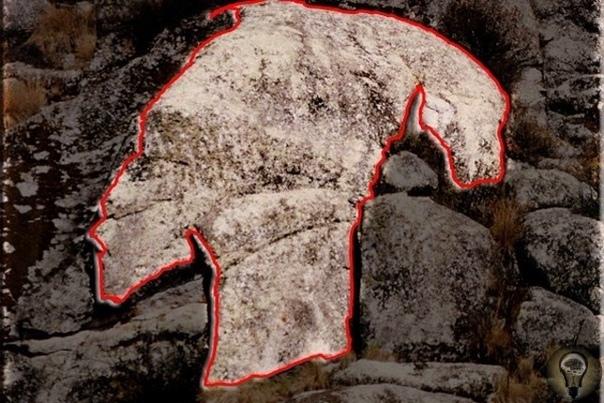 Плато Маркаваси Наше прошлое таит невероятное количество загадок, ответы на которые найти так и не удалось. Потрясающие творения древних скульпторов и художников один из источников таких