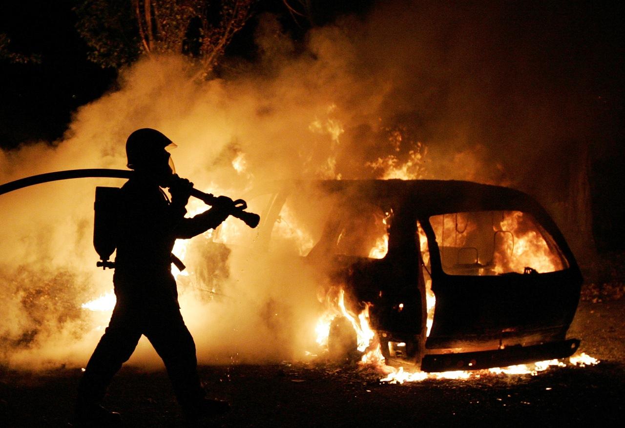 Два автомобиля и кормоуборочный комбайн сгорели в Брестской области вчера