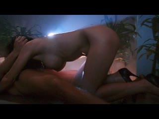 В раю с блондинкой (порно фильм ужасов 1995)