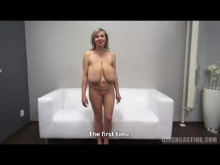 Зрелую трахнули на кастинге) czech casting огромная грудь family therapy