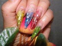 Я - мастер по гелевому моделированию ногтей.  Порой мы и не подозреваем, насколько велико внимание окружающих к нашим...