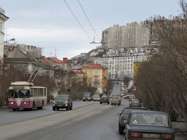 Вниманию водителей!  Проезд транспорта по улице Коминтерна в Мурманске закрывается почти на весь июль.