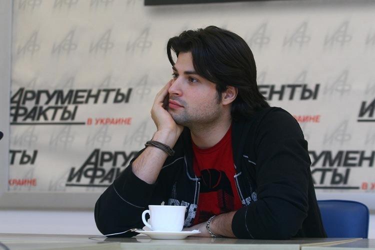 http://cs887.vkontakte.ru/u3973220/74927110/y_b75d4e13.jpg