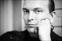 Vitaliy Engel  .ιllιιllι.