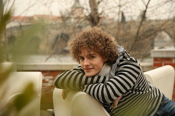 http://cs897.vkontakte.ru/u49910300/108260321/x_252737d9.jpg