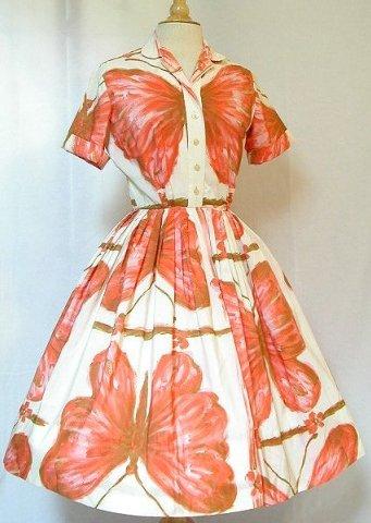 платья в стиле swag