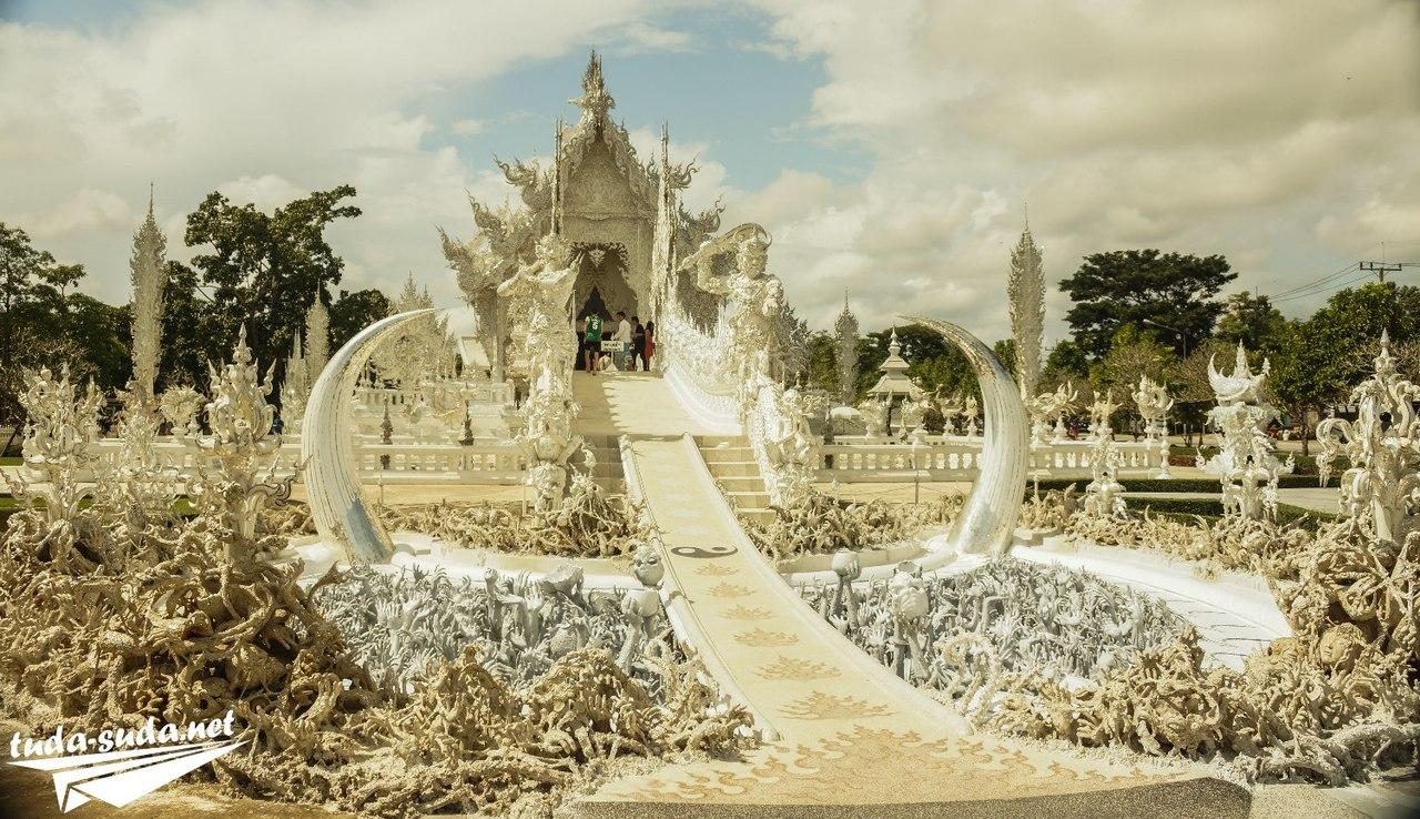 Белый храм Чианг Май