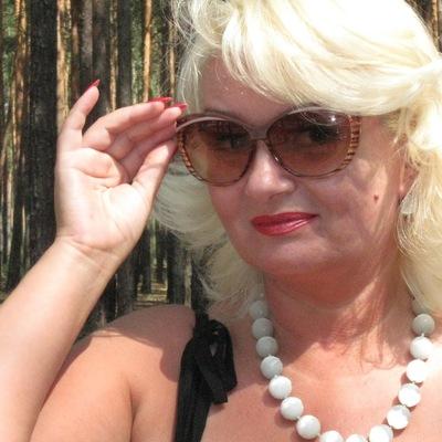 Лариса Поварова-Фролова, 28 сентября 1968, Калуга, id181664535