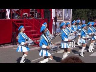 Абакан День города 2013 - оркестр барабанщиц