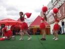 Москва, Карнавал красок Холи, танец с пампушками. (26 05 13 25)