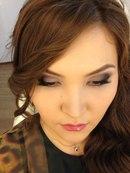 Дневной дымчатый макияж