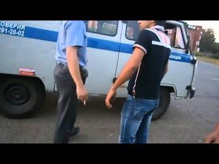 Пьяный мужик устроил драку с полицией, Наб. Челны