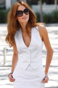 фото женской жилетки классические.