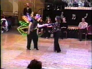 Он даже тогда танцевал лучше чем мы сейчас)...черт..