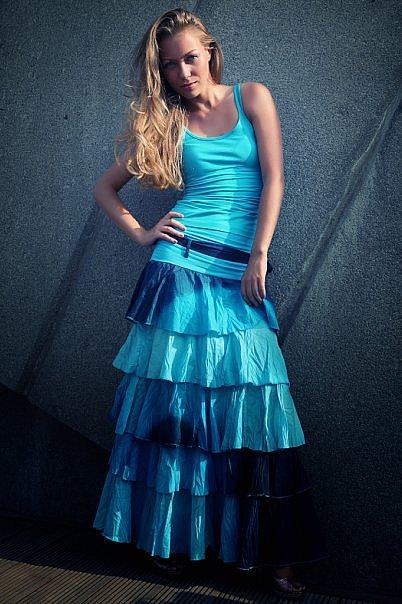 http://cs9312.vkontakte.ru/u6316304/40049955/x_1531970d.jpg
