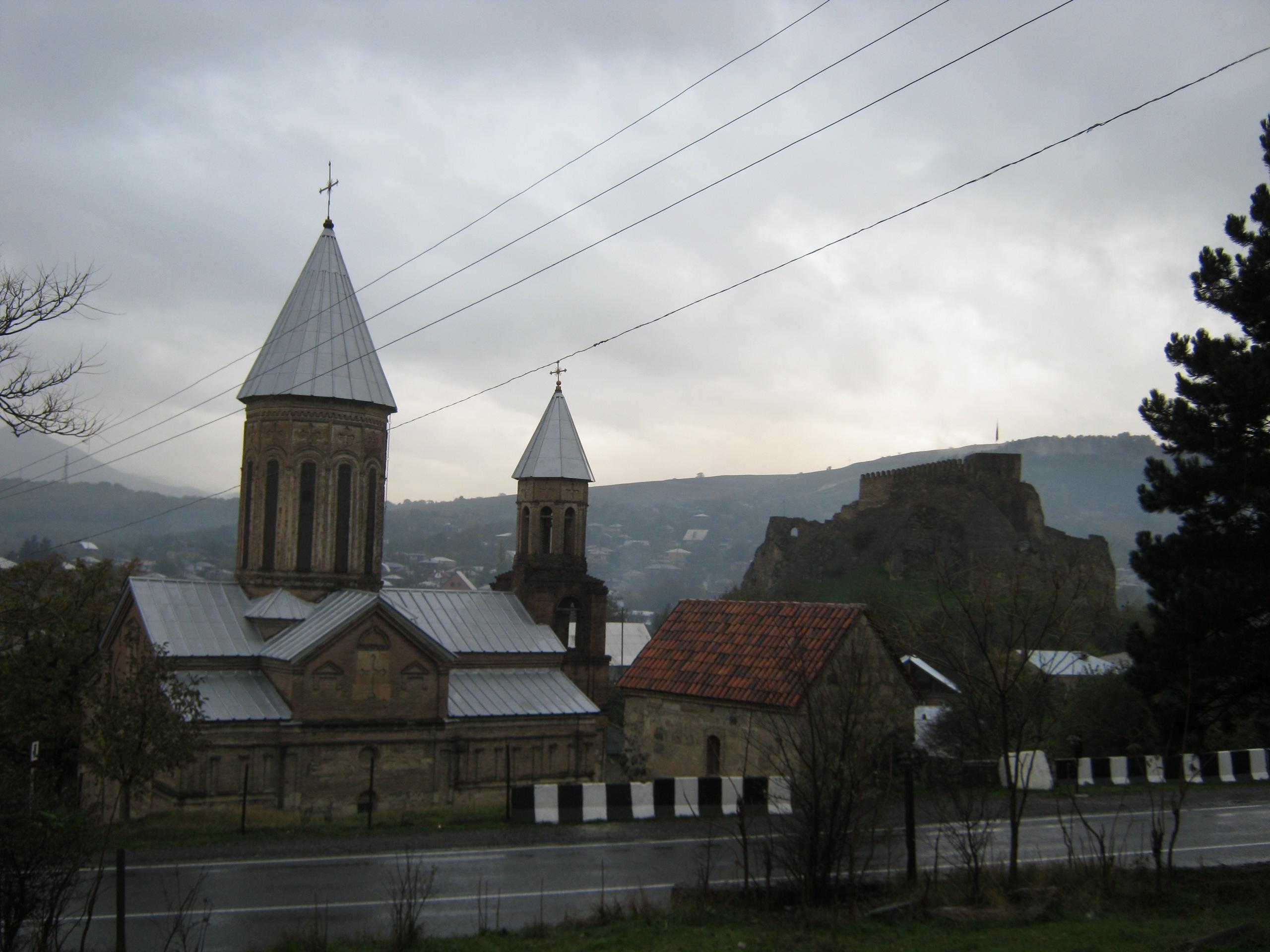 Можно ли ночевать в этих церквях?