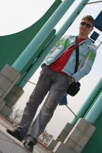 Виктор Жуков, Алмалык