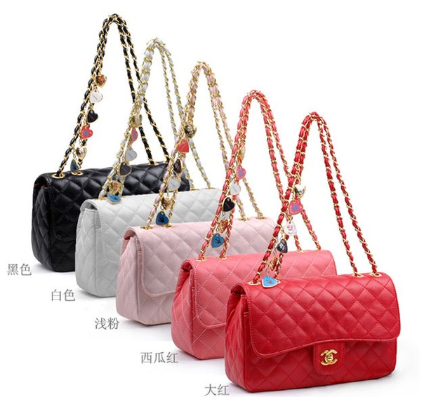 Chanel новая кожаная сумка (торг)Есть выбор сумок.