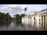 Наводнение в Хабаровске 2013 Набережная в воде по колено.