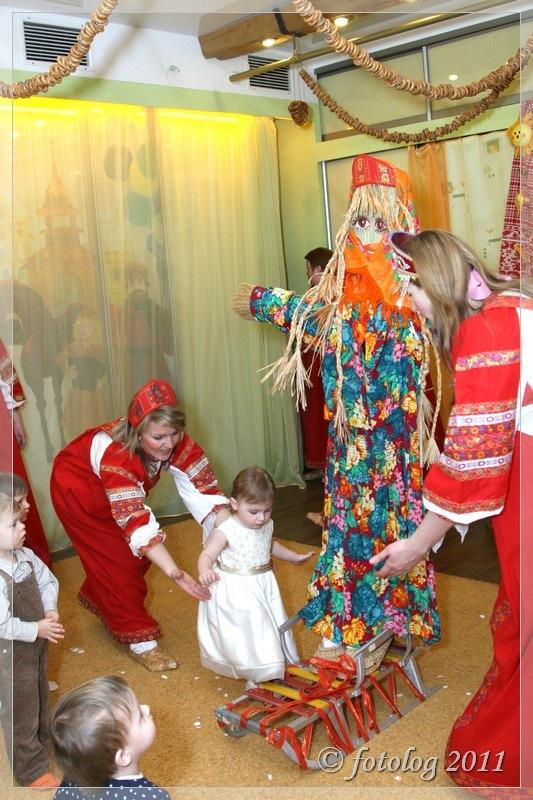 """Масленица в центре """"Солнечный круг"""", Спб, ВО"""