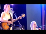 I'm Drunk and You're The Star - Sally Seltmann at Woodford 201011